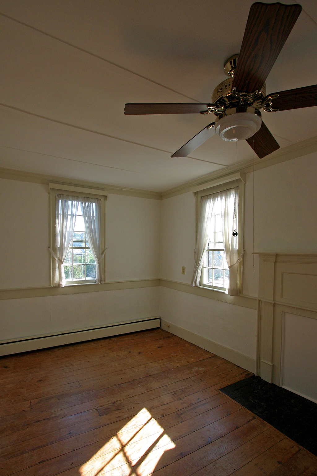 west bedroom light